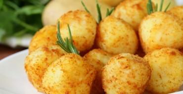 Käsebällchen mit Knoblauch gebraten